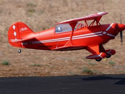FMS 1400mm  PITTS V2 CON GYRO